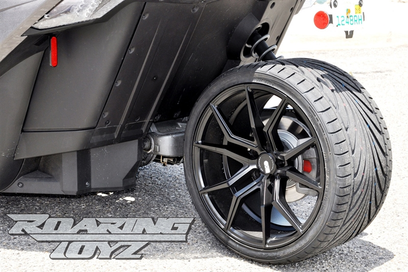 22 Inch Tires >> Custom Wheels For Polaris Slingshot 20 Inch Front 22 Inch Rear